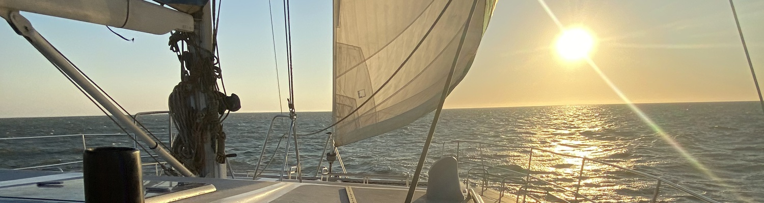 Sundowner Sailing Namibia